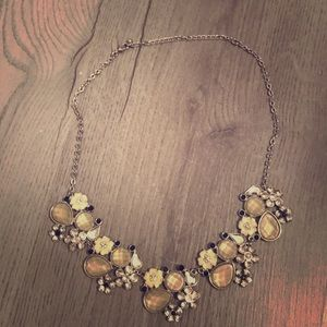 NY&CO Gorgeous Silver & Cream Statement Necklace